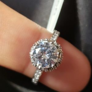 Jewelry - Cz diamonds Solitaire ring sz 6
